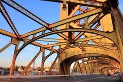 Pont de tour de Sacramento images stock