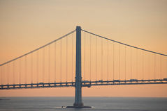 Pont de transport au-dessus de mer photos stock