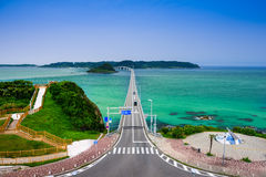 Pont de Tsunoshima au Japon photos stock