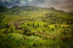 Pont de viaduc de train dans Glenfinnan en Ecosse images stock
