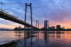 Pont de Vinogradovsy dans Krasnoïarsk Image libre de droits