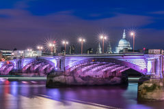Pont de Waterloo Images libres de droits