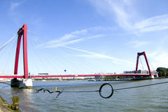 Pont de Willemsbrug, Rotterdam Photographie stock libre de droits