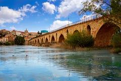 Pont de Zamora Puente de Piedra sur la rivière de Duero Images libres de droits