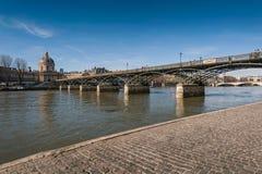 Pont des Arts ή Passerelle des Arts είναι μια για τους πεζούς γέφυρα Στοκ Εικόνες