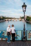 pont DES-Kunstbrücke in Paris lizenzfreies stockbild