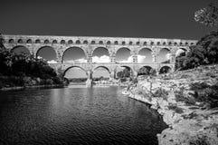 Pont du加尔省,古老罗马桥梁在普罗旺斯,法国 免版税库存照片