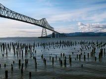 Pont du fleuve Columbia Astoria image stock