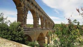 Pont du Gard é um aqueduto romano velho filme