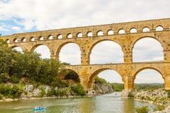 Pont-du-Gard, ένα παλαιό ρωμαϊκό υδραγωγείο κοντά στο Νιμ σε νότιο φράγκο στοκ εικόνα