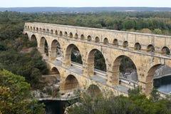 Pont du Gard Brede mening van het oude Roman aquaduct stock foto's
