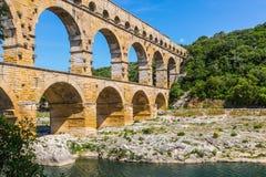 Pont du Gard jest wysokim Romańskim akweduktem Obrazy Royalty Free