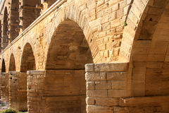 Pont du Gard, um aqueduto romano, France (close-up) Fotos de Stock Royalty Free
