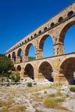 Pont du le Gard est un vieil aqueduc romain près de Nîmes dans les Frances Images stock
