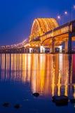Pont du pont de Séoul Banghwa le beau fleuve Han la nuit Photo libre de droits