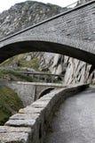 Pont du ` s de diable dans St Gothard, Andermatt Suisse photos libres de droits