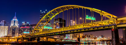 Pont en acier de Pittsburgh photo stock