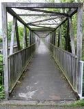 Pont en acier de rivière de poutre photo stock