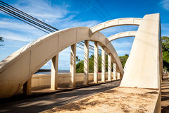 Pont en arc-en-ciel Photos stock