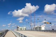 Pont en bascule au-dessus de rivière de Stranahan dans le Fort Lauderdale Images libres de droits