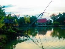Pont en eau d'environnement de paysage photographie stock libre de droits