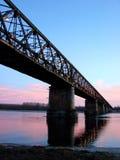 Pont en fer au-dessus du fleuve Ticino Photos libres de droits
