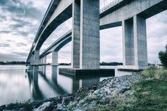 Pont en passage à Brisbane, Queensland Images libres de droits