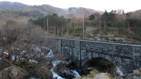 Pont en pierre au Pays de Galles Photographie stock