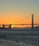 Pont en porte d'or, coucher du soleil de San Francisco Images libres de droits