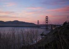 Pont en porte d'or et San Francisco Bay Photos stock