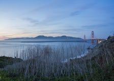 Pont en porte d'or et San Francisco Bay Photo stock