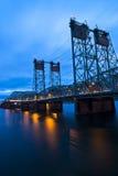 Pont en route de bascule sur I-5 Portland d'un état à un autre Orégon Image libre de droits