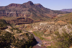 Pont en route en canyon de la rivière Salt Photo stock