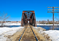 Pont en train Photographie stock libre de droits