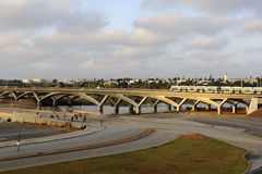 Pont en tramway entre Rabat et Salé Photos libres de droits