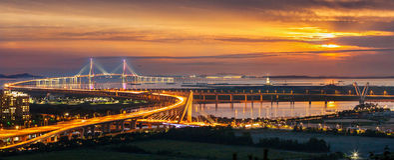 Pont et coucher du soleil d'Incheon Photographie stock libre de droits