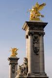 pont för alexandre kolonner iii royaltyfri fotografi