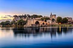 Pont Heilige Benezet en Palais des Papes in Avignon, Frankrijk royalty-vrije stock foto