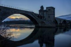 Pont historique au coucher du soleil à Avignon, France Image libre de droits