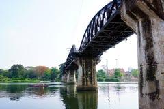 Pont historique de Kwai de rivière Images libres de droits