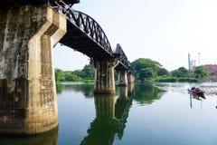 Pont historique de Kwai de rivière Photographie stock libre de droits