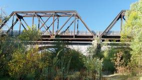 Pont historique en train de chevalet en hivers, la Californie Photographie stock