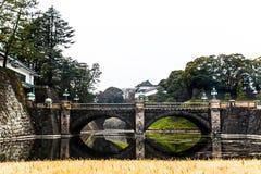 Pont impérial de pierre de palais de Tokyo | Voyage asiatique au Japon le 31 mars 2017 Photographie stock libre de droits
