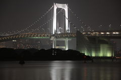 Pont la nuit photographie stock