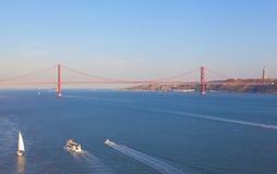 Pont le 25 avril Image libre de droits