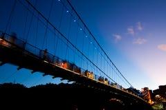 Pont-levis la nuit Photographie stock libre de droits