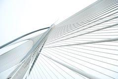 Pont moderne pour obtenir la forme et les lignes Photographie stock