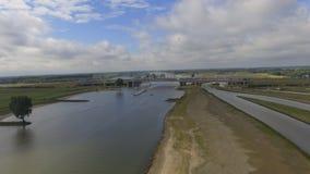 Pont néerlandais de rivière Photographie stock libre de droits