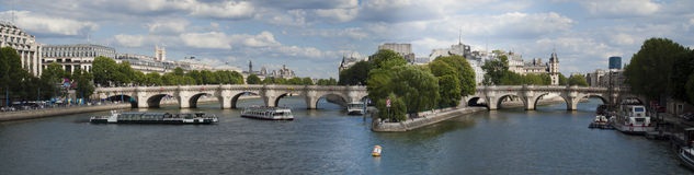 Pont-Neuf. Pont Neuf and Ile de la Cite, Paris, France Royalty Free Stock Images
