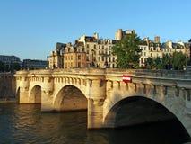 Pont Neuf al tramonto, Parigi, Francia giugno 2013 Fotografia Stock Libera da Diritti